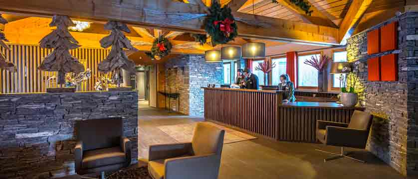 Hotel-Le-Kaya---reception-area.jpg